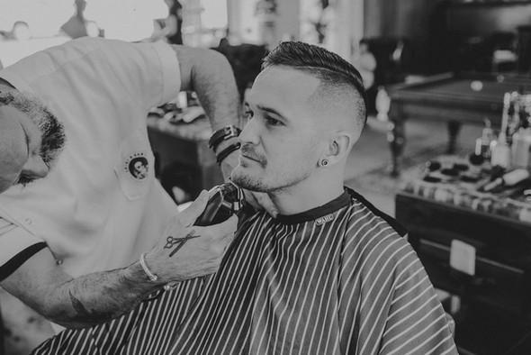 barber near benowa.jpg