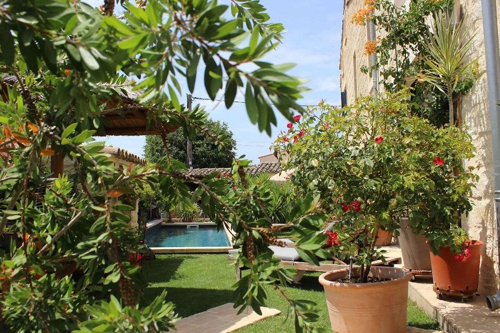 Maison_piscine_occitanie.jpg