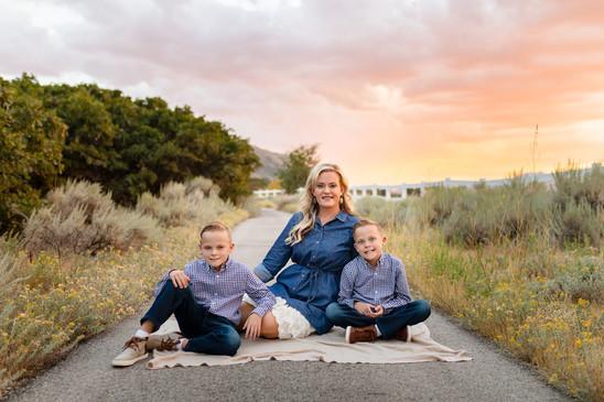 Gundersenfamily-4166web.jpg