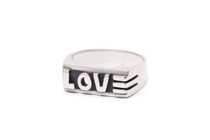 La Bague LOVE/ Love ring