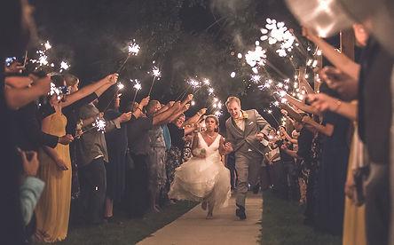 bride grrom people running sparkle night trees
