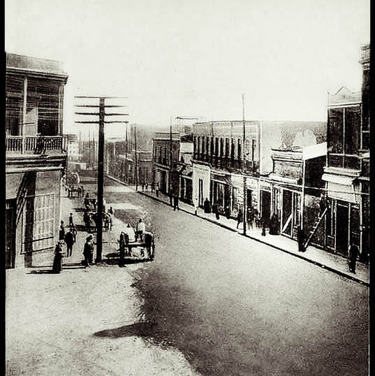 Antofagasta. . Calle Prat y Matta. 1900.