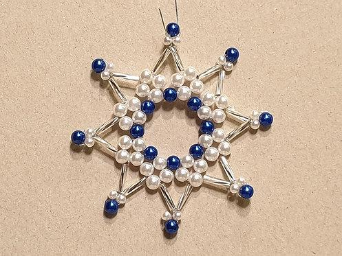 Vánoční ozdoba z korálků - hvězda J. modro-bílo-stříbrná