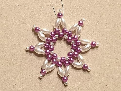 Vánoční ozdoba z korálků - hvězda C. fialovo-bílá