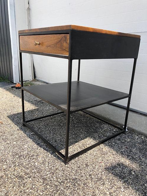 1 DRAWER W/SHELF TABLE