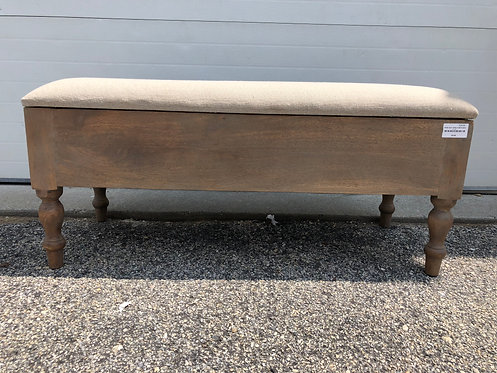 UPHOLSTERED ENTRY WAY BENCH WITH BOX