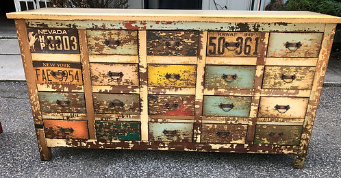 20 Drawer Commode Chest