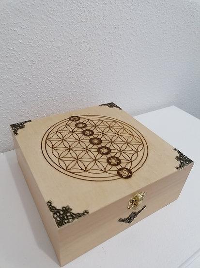 Grande boite de rangement en bois pour pierres et cristaux gravée Fleur de vie e