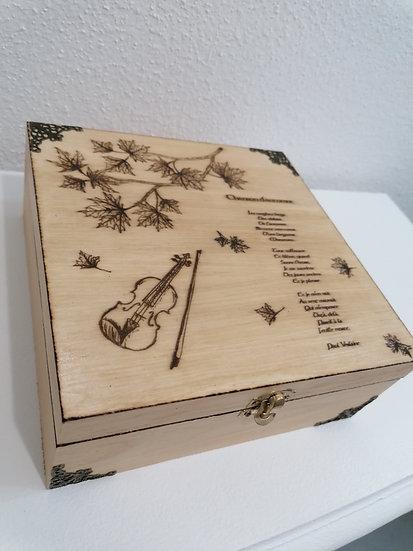 Boîte en bois gravée violon feuilles érable d'automne et poème Paul Verlaine