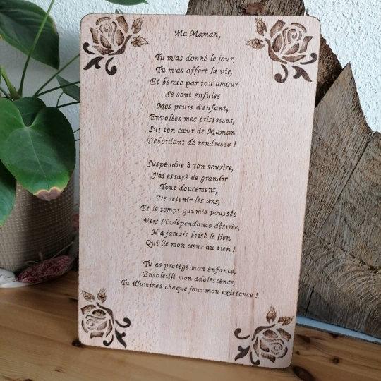 Planche à découper dessous de plat gravé poème Fête de mères