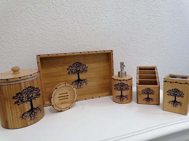 Accessoires en bois salle de bain gravés arbre de vie celtique poubelle etc