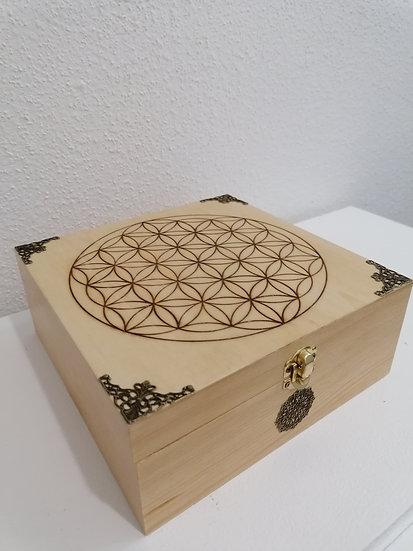 Boîte de rangement en bois gravée d'une Fleur de vie Lithothérapie