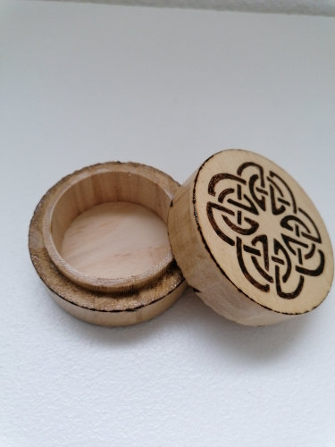 Pilulier boite de rangement transport pour médicaments ou bonbons Thème celtique