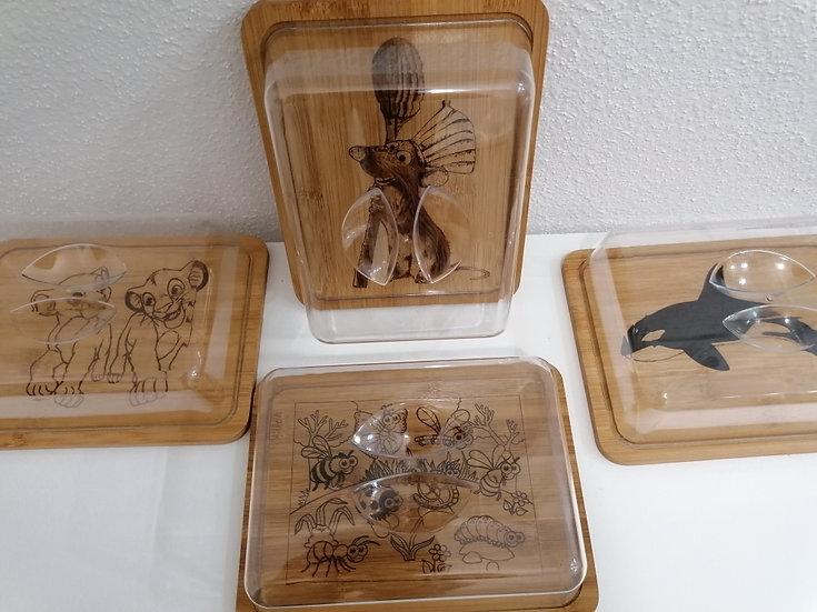 Lot de 4 plateaux à cloche gravé thème animalier