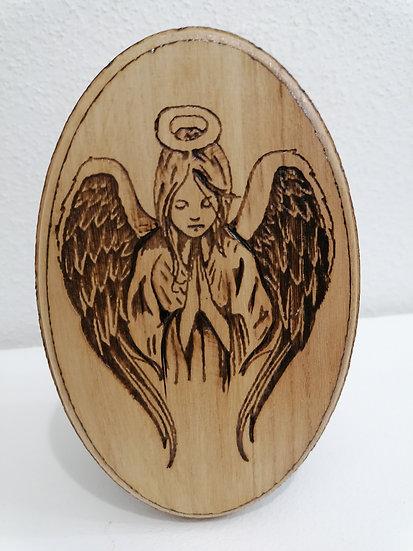 Portrait gravure sur bois Saint Ange Gardien à personnaliser