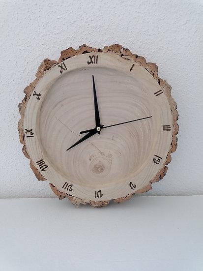 Horloge en rondin de bois creusée brut murale avec écorce