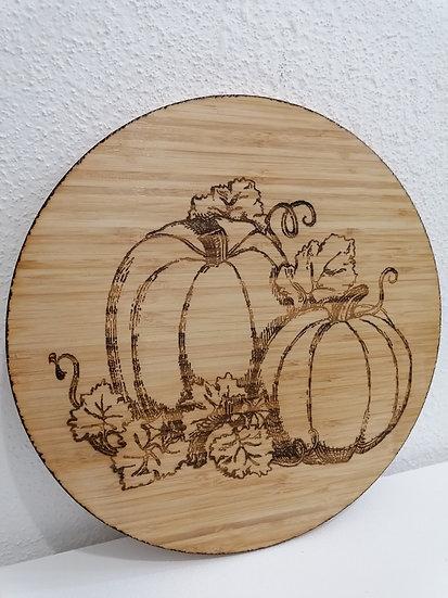 Plateau tournant en bois gravé de citrouilles décoration automne courges