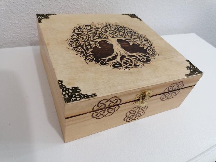 Boîte 6 compartiments en bois gravée d'un Arbre et noeud celtique et bronze