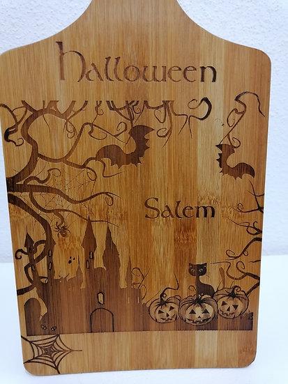 Planche à découper sous plat gravée décoration Salem Halloween