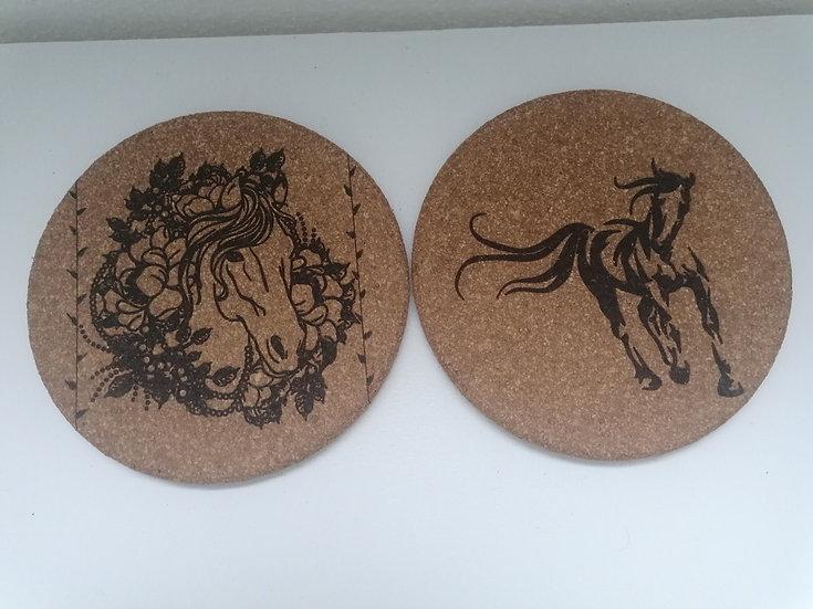 Dessous de plat en liège gravés d'un cheval lot de 2 Personnalisable