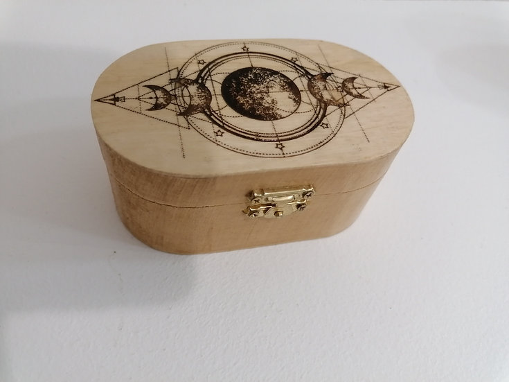 Boîte coffret ovale en bois gravée symboles et phases de la lune