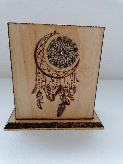 Pot étui en bois gravé lune attrape-rêve (crayons, téléphone, télécommande)