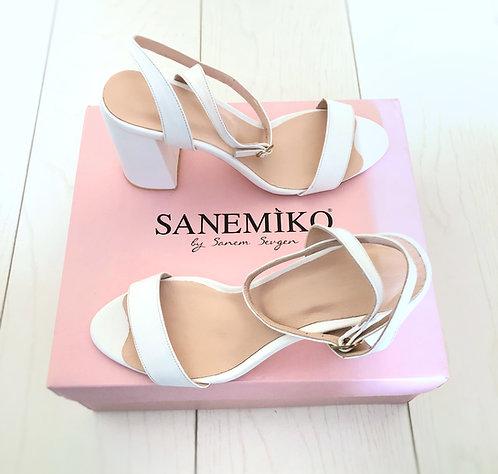 Lisa Gelin Ayakkabısı