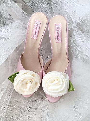 White Rose Terlik
