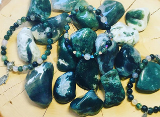 The Importance of Moss Agate Crystal Healing Right Now...