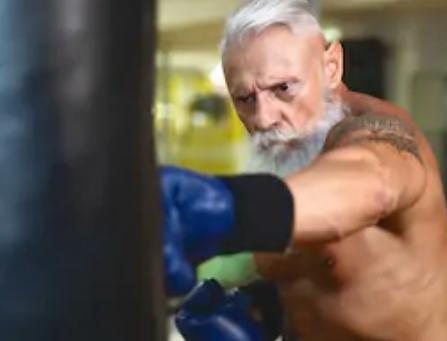 Combat Club Milano: Iniziare sport da combattimento anche a 40 o 50 anni senza problemi