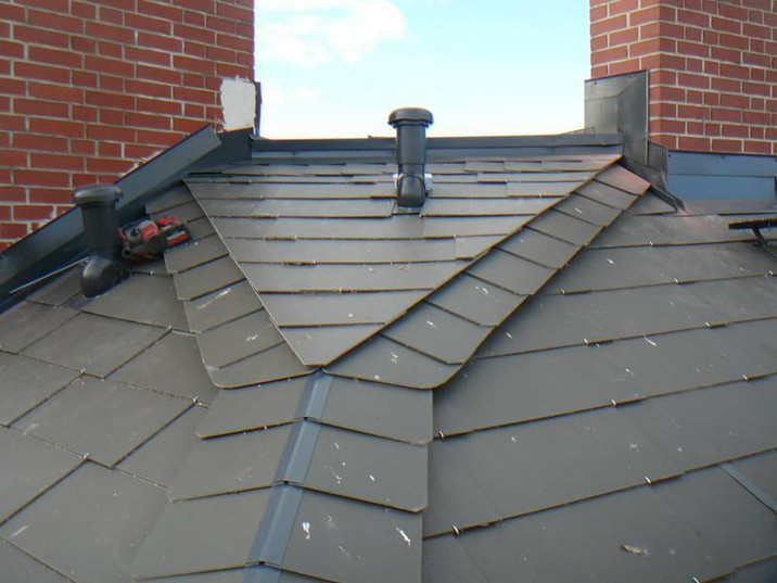 csm_Dach-aus-alu-beschichteten-Material_