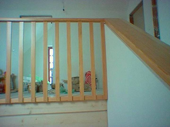 csm_Stiegenaufgang-und-Galerie-aus-Holz_
