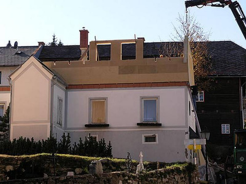 csm_Dach-Ausbau-mit-Holzfertigteilen_dfd
