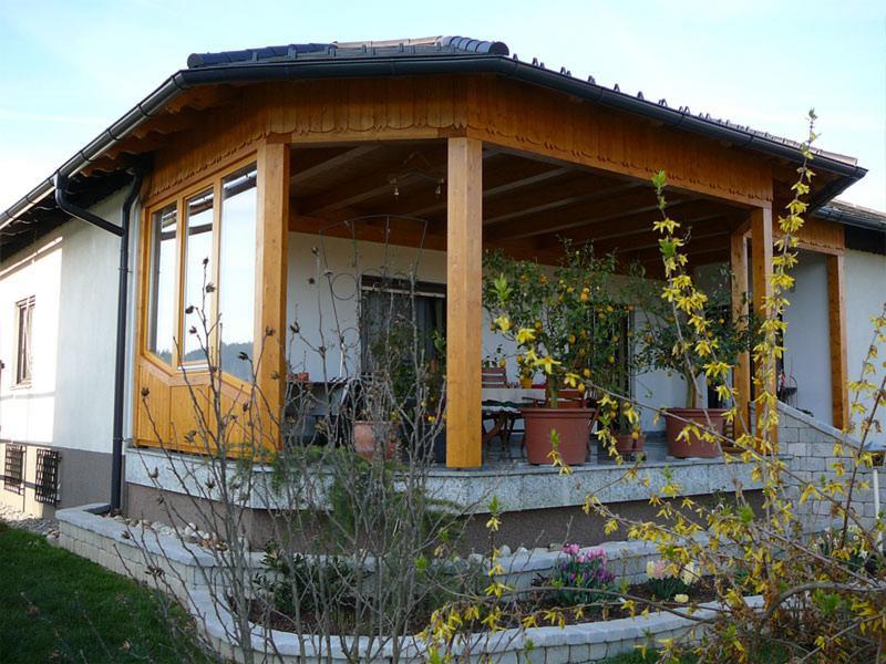 csm_Wintergarten-mit-Walmdach-Konstrukti