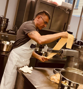 Preparare le lasagne bolognese