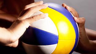 Dariusz, keen volleyball player