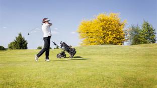 Zdena, physiotherapist and keen golfer