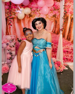 Princess Niyla got to meet her Favorite