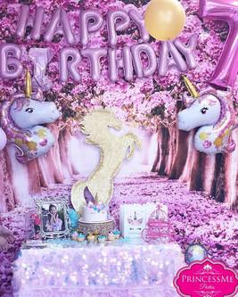 Unicorn perfection 💕#charlottekids #cha