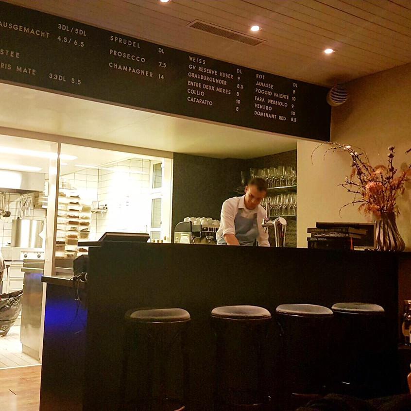 Bar _ Showküche