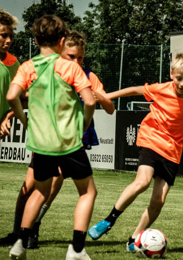 Viel_Einsatz_beim_Fußballcamp.jpg