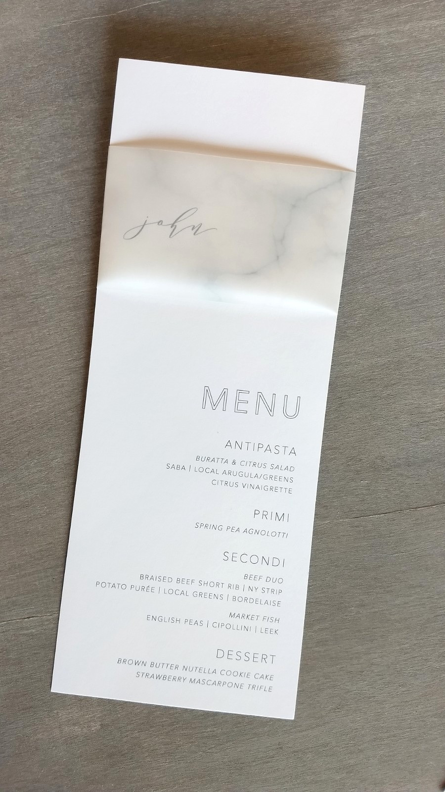 Combine your place cards and menus with these awesome vellum marble paper belly bands!