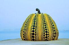 Yayoi-Kusama-–-Pumpkin-1994-Benesse-Art-