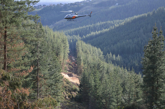 Independent Helicopters Ltd on the job - commercial helicopter services for forestry and construction in NZ