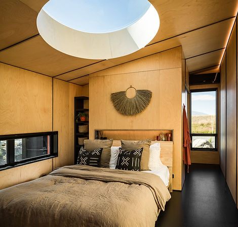 Luxurious king-sized bed at Skylark Cabin, Twizel in South Island