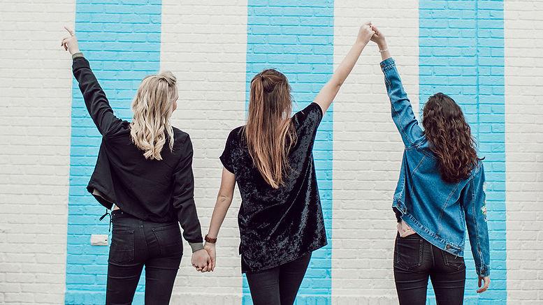 GirlsBG.jpg