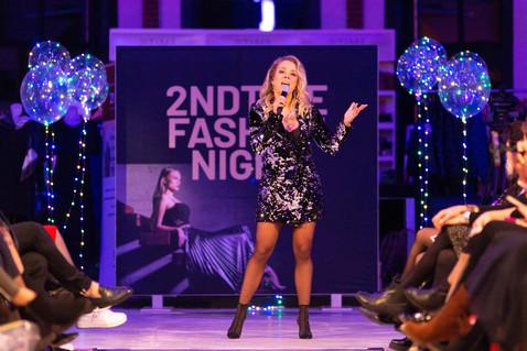 2NDTIME Fashion night - Presentatrice.