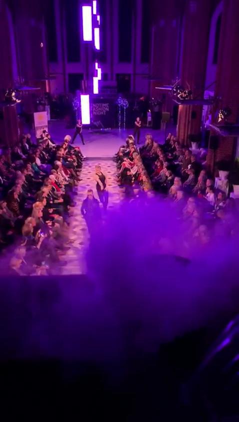 Video geurbeleving tijdens fashionshow 2NDTIME Fashion night.