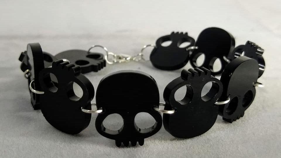 Gloss Black Acrylic Skulls Bracelet