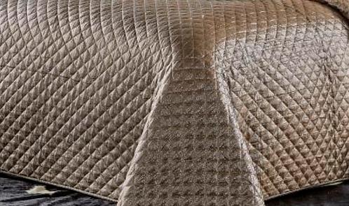 Metallic Gold Quilt